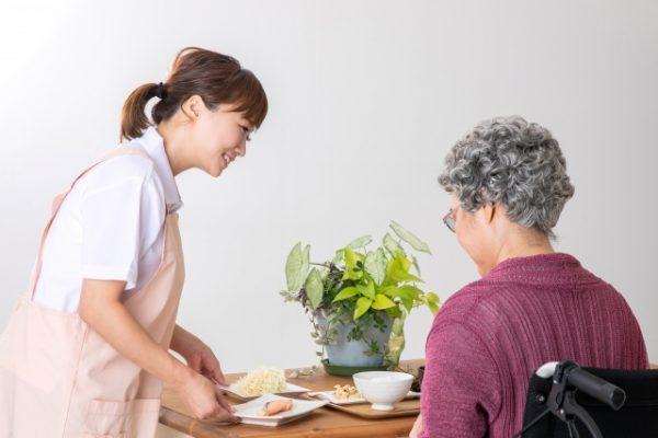 ホームヘルパーを目指す方へ、病状に合わせた食生活の援助と料理について イメージ